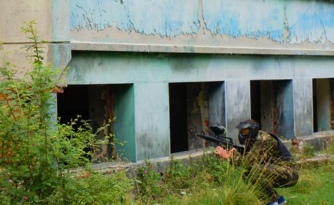www.paintballbrasov.com